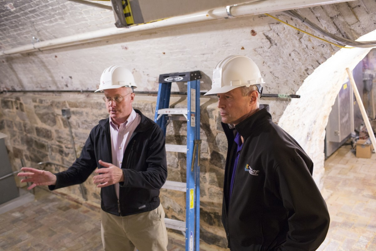 Lance Humphries and former Governor Martin O'Malley visit the Washington Monument in 2014