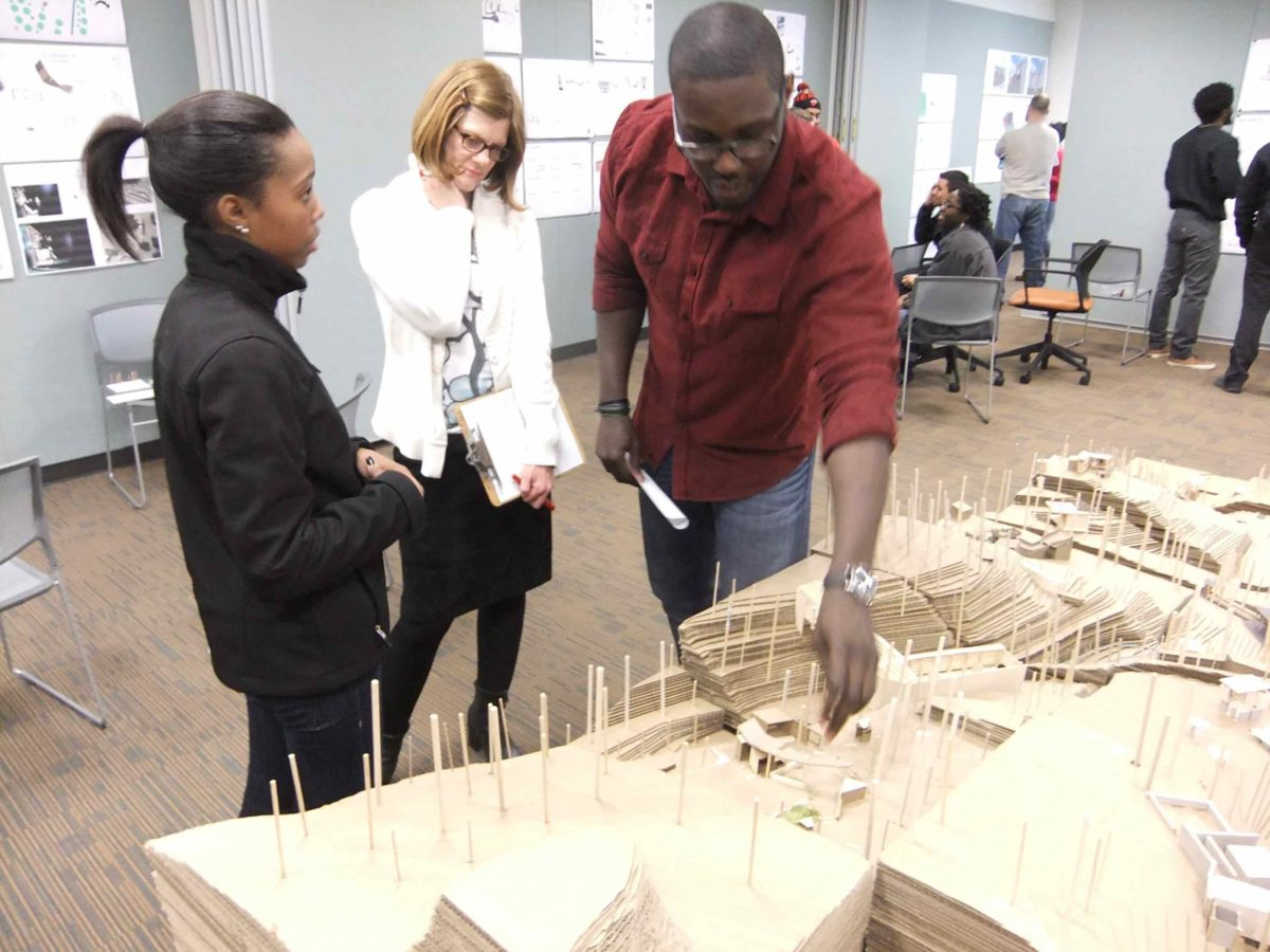 Jasmine Abdulrahim, Prof. Suzanne Frasier, AIA, and Alvin Rudolph (ASG) at a sophomore studio design review
